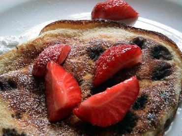 Twoberry_pancakes